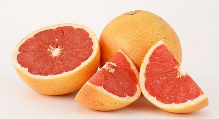 FRUIT PAMPLEMOUSSE